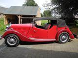 1937 Triumph Vitesse Red Dirk Devogeleer