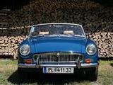 1971 MG MGB MkII Teal Blue BLVC 18 Bernard Kamenicky