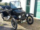 1923 Ford Model T Beige Tom van der Vyver