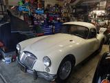 1961 MG MGA Coupe