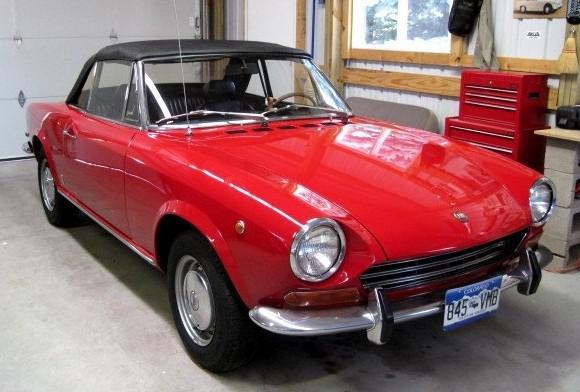 Fiat Spider Alfa Romeo Red